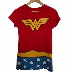 Wonder Woman Women's Fitted Tee Halloween
